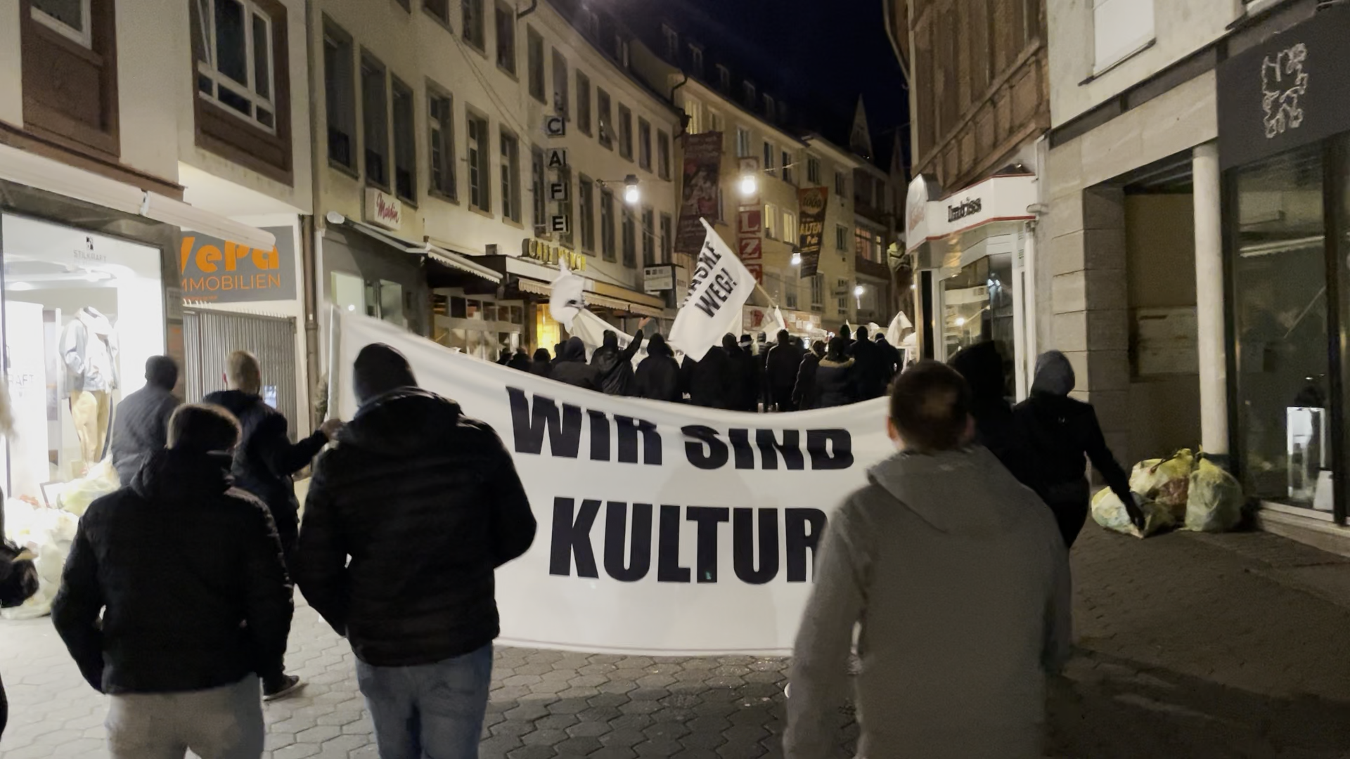 Flashmob-Demo in Aschaffenburg